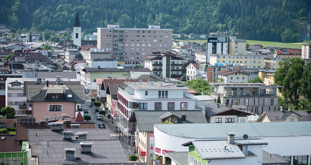 Stadt Wörgl in Tirol von oben